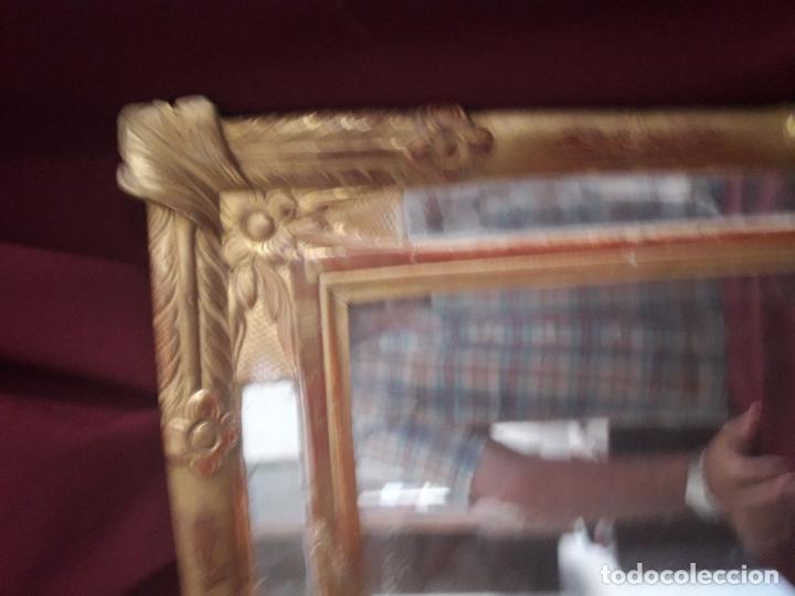 Antigüedades: ESPEJO ISABELINO POLICROMADO EN PAN DE ORO FINO - Foto 3 - 126708631
