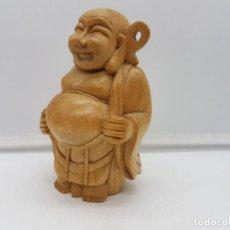 Antigüedades: PRECIOSA FIGURA CHINA DE SABIO FINAMENTE TALLADA EN MADERA DE UNA PIEZA.. Lote 126757615