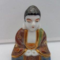 Antigüedades: ANTIGUA FIGURA DE PORCELANA CHINA SATSUMA DE MONGE SENTADO EN POSE DE MEDITACIÓN.. Lote 126778451