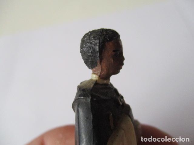 Antigüedades: PEQUEÑA FIGURITA DE SAN MARTIN DE PORRES , PLASTICO - 10 CM. - Foto 8 - 126791711