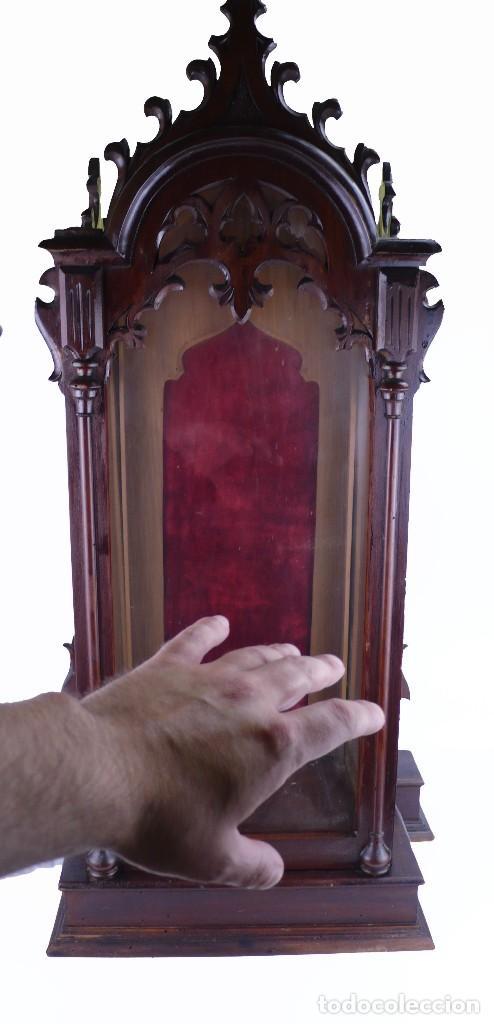 Antigüedades: Capilla urna para imagen religiosa - madera calada- Estilo Neogótico -Principios S.XX- 80 cm - Foto 2 - 126807103