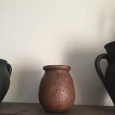 Antigüedades: PIEZA DE CERÁMICA POPULAR .POSIBLEMENTE PARA MIEL. Lote 126812503