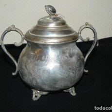 Antigüedades: ANTIGUO AZUCARERO DE METAL CON BAÑO PLATEADO. Lote 177095807