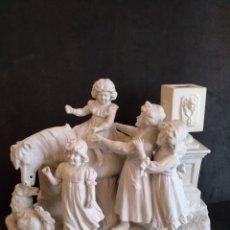 Antigüedades: PRECIOSA FIGURA DE PORCELANA SERIADA N°2754. Lote 126861618