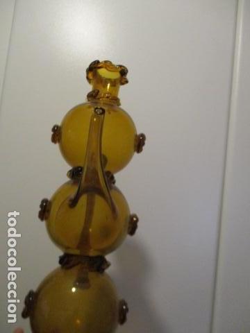 Antigüedades: Precioso jarron o botijo de vidrio soplado, color marrón, principios S XX, altura 33 x 19 cm ancho - Foto 5 - 126899475