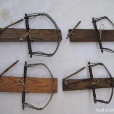 Antigüedades: LOTE DE 4 BALLESTAS ANTIGUAS PARA CAZA. ETNOGRAFIA - 1. Lote 126989319
