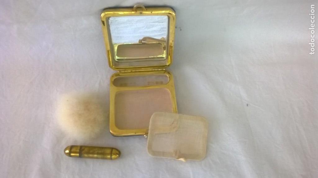 Antigüedades: POLVERA NACARADA CON PINTALABIOS - ESTUCHE MAQUILLAJE - NACAR - Foto 5 - 127001435