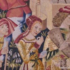 Antigüedades: TAPÌZ DE LA REAL FÁBRICA DE TAPICES , TEMA: EL LAGAR , FIRMADO Y REFERENCIA MANUSCRITA .. Lote 127002787