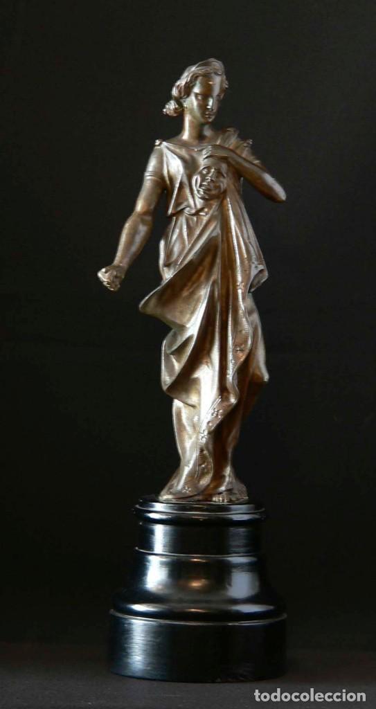 ESCULTURA DE LA DIOSA GRIEGA THALÍA EN BRONCE (Antigüedades - Hogar y Decoración - Figuras Antiguas)