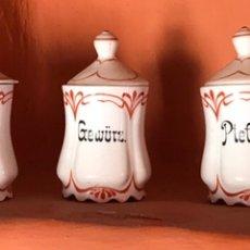 Antigüedades: JUEGO CERAMICA ESPECIEROS MODERNISTA ART NOUVEAU JUGENDSTIL ESPAÑA ALEMANIA 1900 BARCELONA (6. Lote 127140404