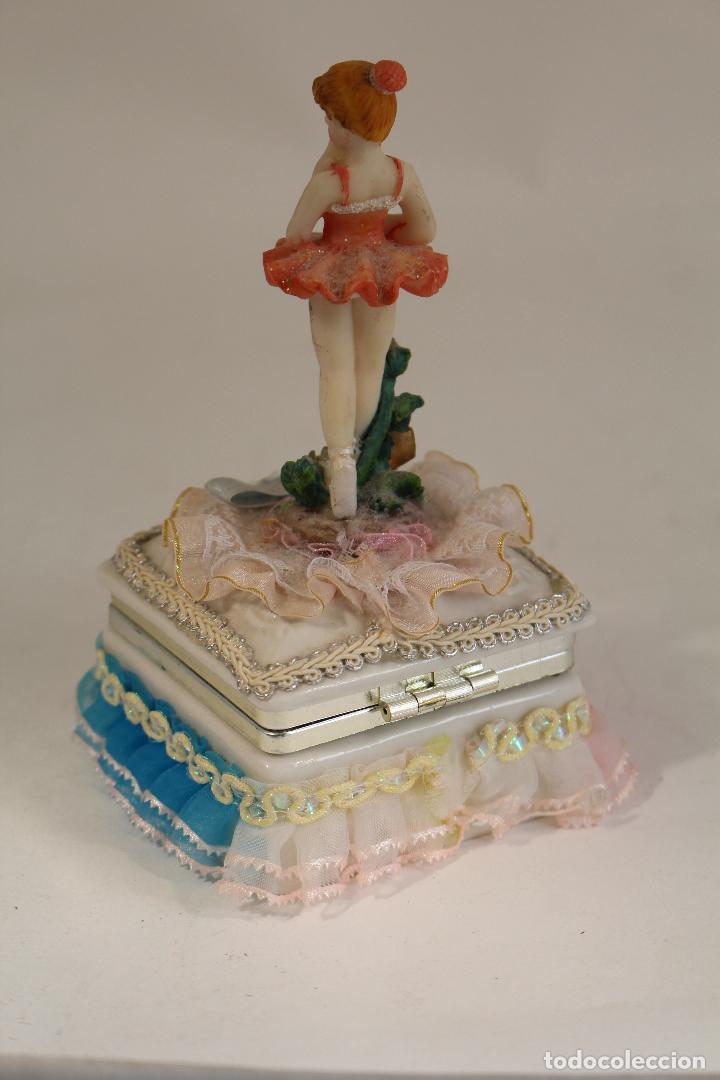 Antigüedades: cajita joyero con bairlarina en porcelana y resina - Foto 2 - 127177471