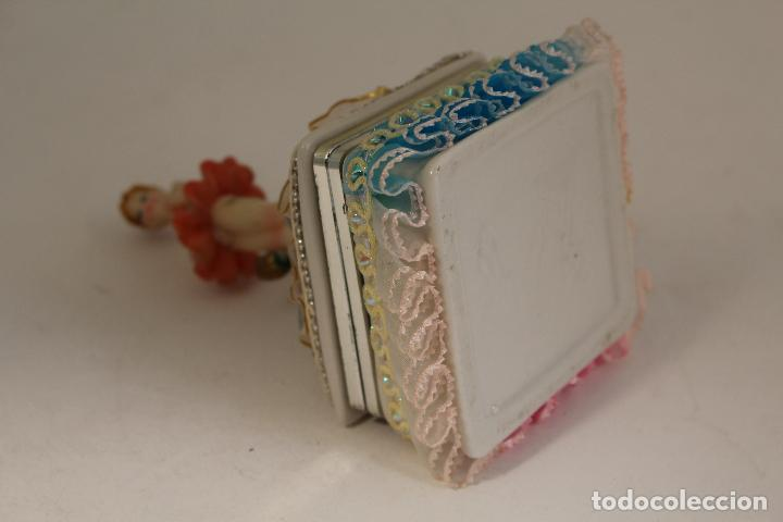 Antigüedades: cajita joyero con bairlarina en porcelana y resina - Foto 3 - 127177471