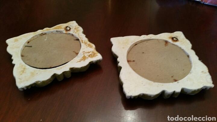 Antigüedades: Muy antigua pareja de pequeñas Cornucopias. Escayola y Oro fino. S XIX. Miden 14 X 14 cm. cada una. - Foto 7 - 127199284