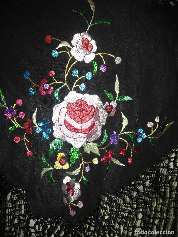 Antigüedades: Precioso mantón mantoncillo de seda bordado estilo Manila - Foto 6 - 127263823