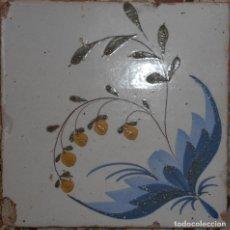 Antigüedades: AZULEJO DEL SIGLO XIX CON FLORES. Lote 127278035