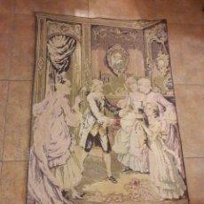Antigüedades: ANTIGUO TAPIZ FRANCES, JUGANDO A LA GALLINITA CIEGA EN PALACIO, MEDIDAS 85X142 CM. BUEN ESTADO. Lote 127308431