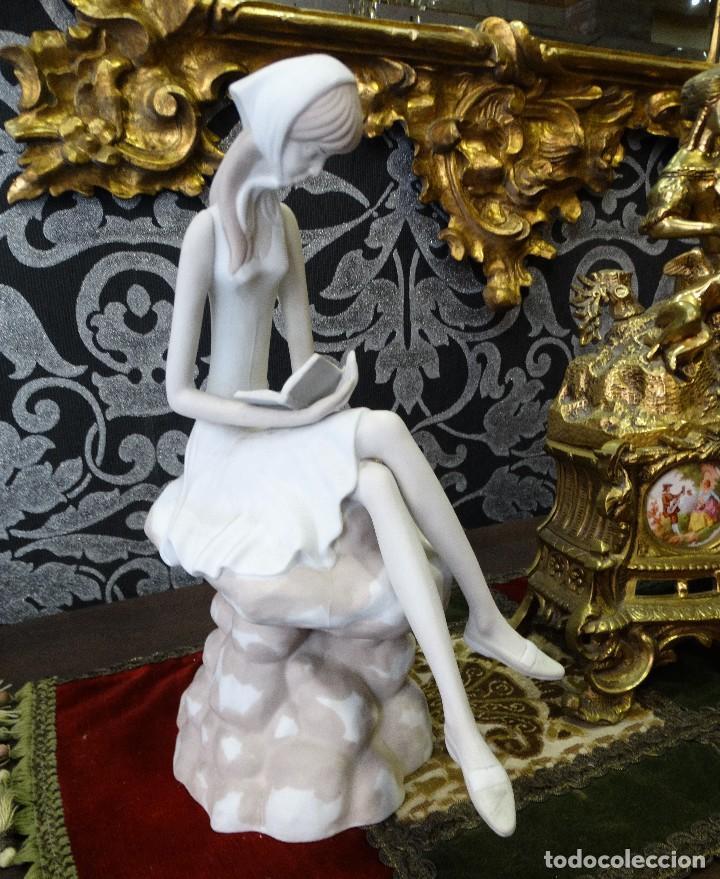 Antigüedades: Escultura de porcelana. PP. Made in Spain. Numerada. - Foto 4 - 127445295