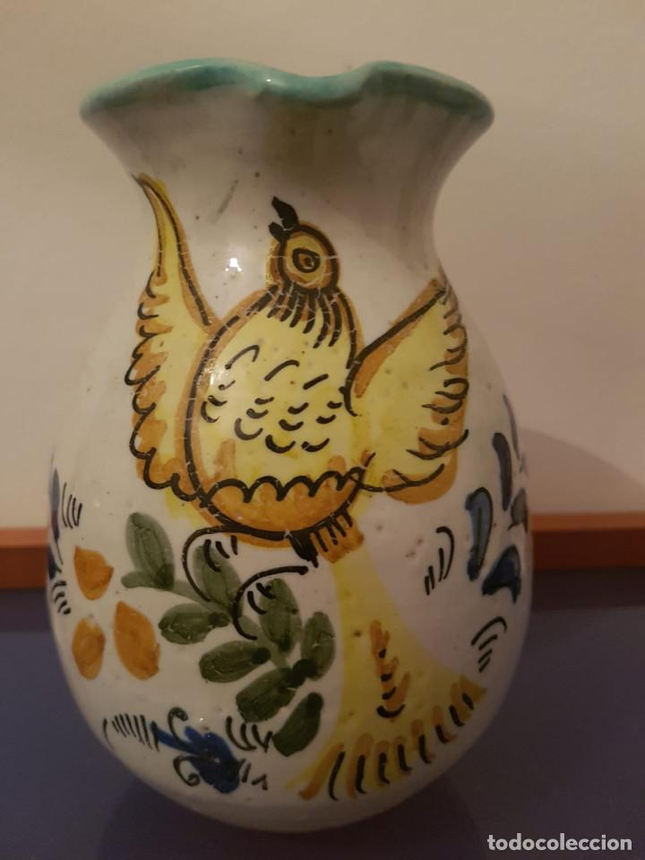 JARRÓN JARRA VINO PUENTE DEL ARZOBISPO RESTAURANTE BOTÍN FECHA 1725 Y FIRMA EN BASE (Antigüedades - Porcelanas y Cerámicas - Puente del Arzobispo )