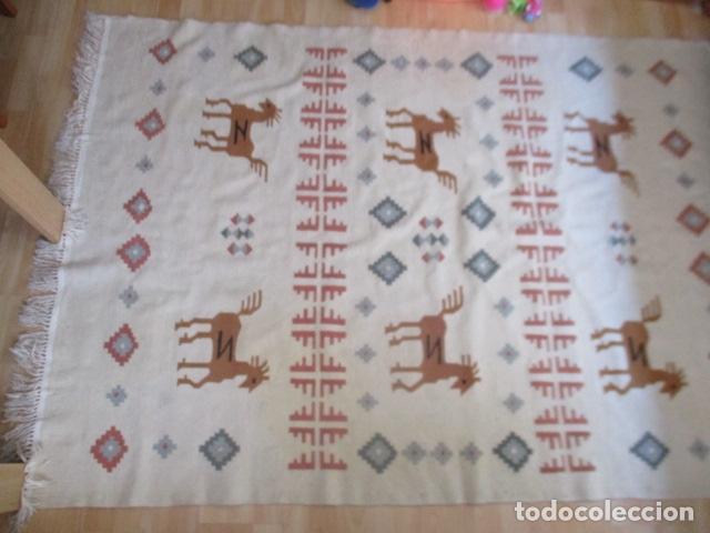 Antigüedades: Preciosa alfombra lana - tipo Kilim - 195 x 140 cm sin flecos - Foto 2 - 127601491