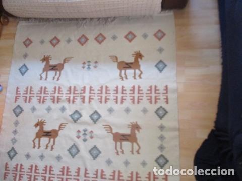 Antigüedades: Preciosa alfombra lana - tipo Kilim - 195 x 140 cm sin flecos - Foto 3 - 127601491