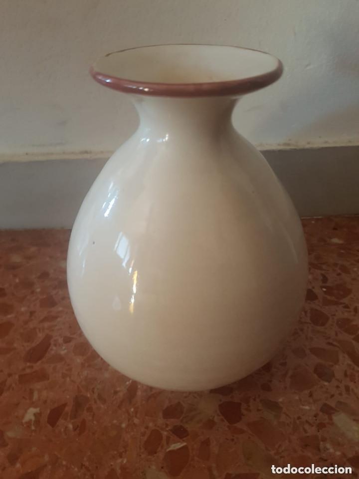 Antigüedades: jarron ceramica talavera con sello en base - Foto 2 - 127620963