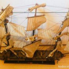 Antigüedades - Maqueta grande del barco Centurion - 127629123