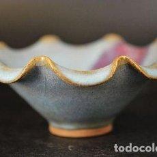 Antigüedades: CHINA , CUENCO DE PORCELANA DINASTIA MING, ESTILO JUN, GRAN CALIDAD, FLOR DE LOTO. Lote 127629655