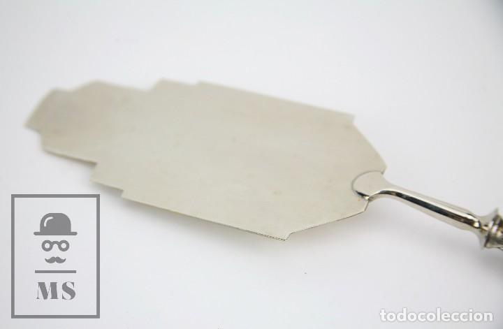 Antigüedades: Antigua Pala de Postre Art Déco - Mango de Plata Repujada - Casa Deulofeu, Badalona -Principios S XX - Foto 12 - 127638883