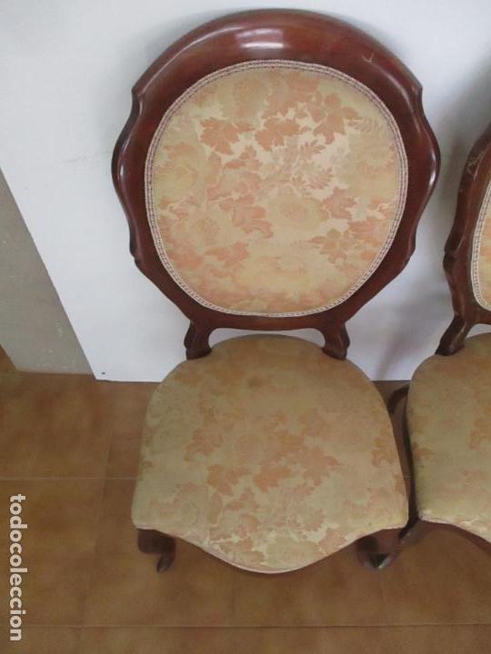 Antigüedades: Sillas Isabelinas - Madera de Coba -Formas Curvas -muy Decorativas -Tapicería en Buen Estado -S. XIX - Foto 4 - 127642599