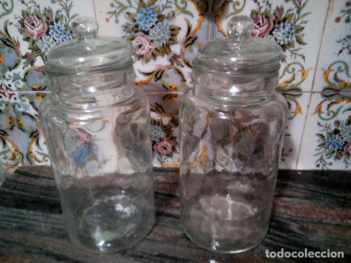 * ANTIGUOS BOTES DE VIDRIO .32 CM (Antigüedades - Cristal y Vidrio - Catalán)