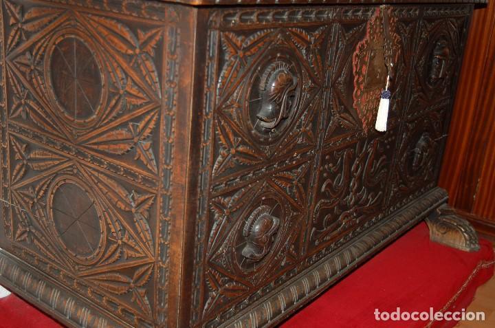 Antigüedades: ANTIGUO ARCÓN TALLA RENACIMIENTO. - Foto 3 - 127659175