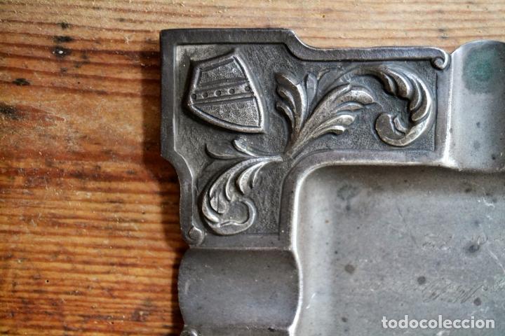Antigüedades: CENICERO DE PLATA CON CONTRASTES Y DECORACION EN RELIEVE - Foto 3 - 127663963