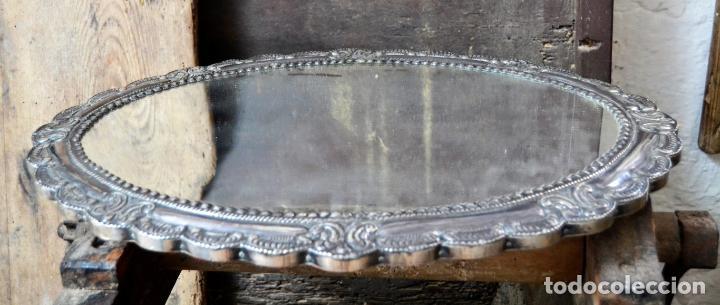 Antigüedades: ESPECTACULAR ESPEJO DE PLATA REPUJADA * SELLADA * CONTRASTES * 52,5CM X 38,5CM - Foto 2 - 127667487