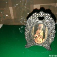 Antigüedades: IMAGEN RELIGIOSA DE LA VIRGEN DE MONSERRAT PEQUEÑA. Lote 127753439
