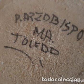 Antigüedades: Conjunto jarra y vasos de vino hechas y pintadas a mano Puente del Arzobispo con firma en base - Foto 5 - 127790743