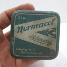 Antigüedades: ANTIGUA CAJA DE LATA MEDICAMENTO NORMACOL, 6 X 7 CM. Lote 127823207