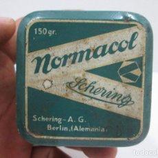 Antigüedades: ANTIGUA CAJA DE LATA MEDICAMENTO NORMACOL, 6 X 7 CM. Lote 127823607