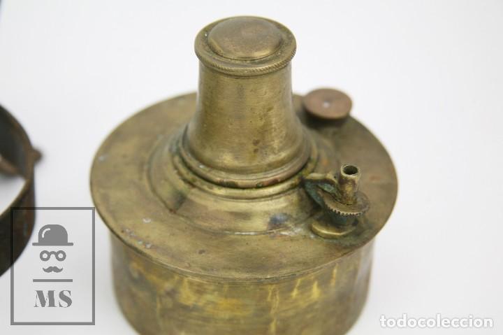 Antigüedades: Antiguo Hornillo Portátil de Latón y Hierro - CyP / C y P - Medidas 17 x 17 x 14 cm - Foto 7 - 127836331