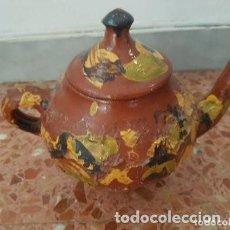 Antigüedades: CERAMICA POPULAR: TETERA VIDRIADA. Lote 127853775