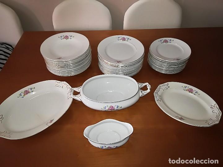 PRECIOSA VAJILLA PORCELANA CARTUJA DE SEVILLA CIRCA AÑOS 40 (Antigüedades - Porcelanas y Cerámicas - La Cartuja Pickman)
