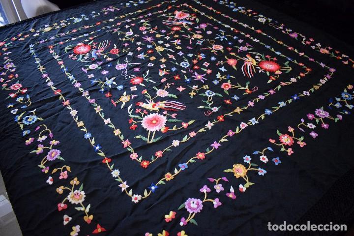 Antigüedades: mantón español antiguo. Bordado en España - Foto 4 - 127932207