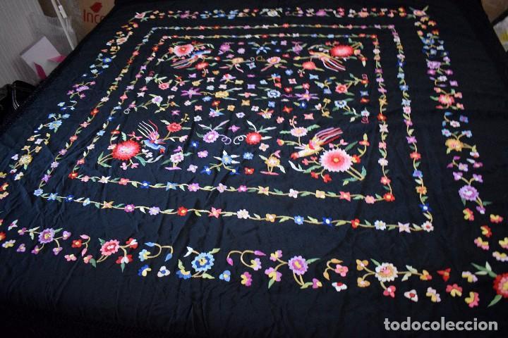 Antigüedades: mantón español antiguo. Bordado en España - Foto 6 - 127932207