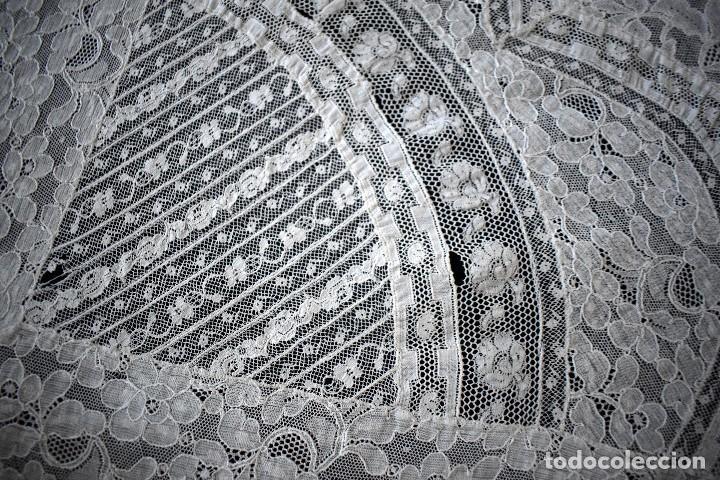 Antigüedades: Colcha antigua encaje valenciennes y alençon modernismo / art decó novia. compatible cama 150 - Foto 12 - 127933551