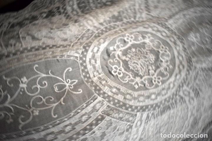 Antigüedades: Colcha antigua encaje valenciennes y alençon modernismo / art decó novia. compatible cama 150 - Foto 14 - 127933551