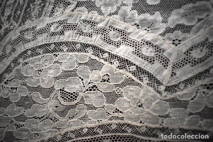 Antigüedades: Colcha antigua encaje valenciennes y alençon modernismo / art decó novia. compatible cama 150 - Foto 22 - 127933551