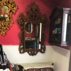 Antigüedades: MAGNIFICO CONJUNTO DE CONSOLA Y ESPEJO TALLADO EN MADERA. Lote 127934179
