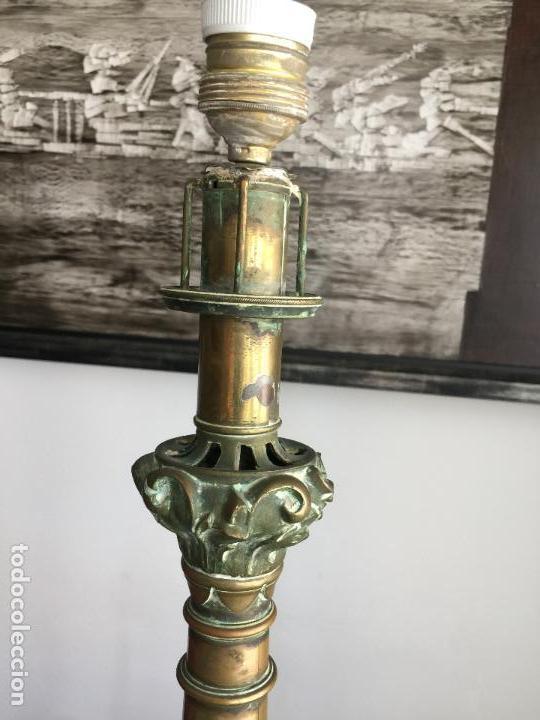 Antigüedades: HACHERO ELECTRIFICADO DEL S. XVII - XVIII EN BRONCE , CANDELABRO - Foto 5 - 127934503