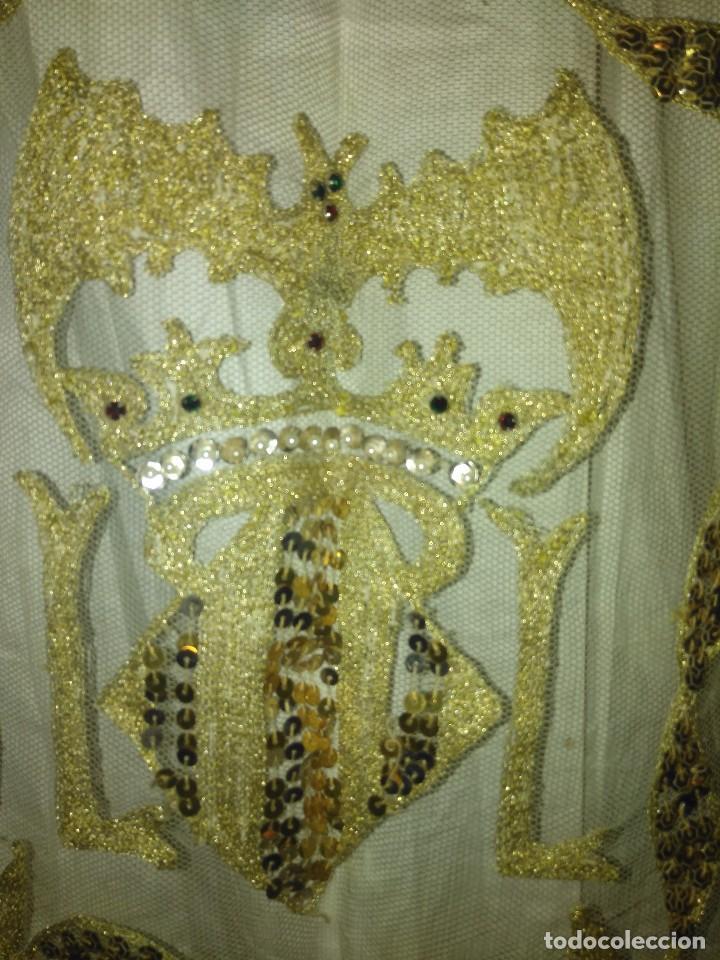 Antigüedades: Precioso conjunto de manteleta y delantal de indumentaria tradicional valenciana - Foto 3 - 127979439