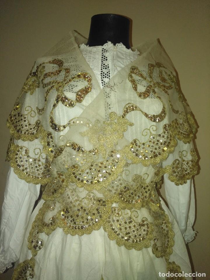 Antigüedades: Precioso conjunto de manteleta y delantal de indumentaria tradicional valenciana - Foto 7 - 127979439