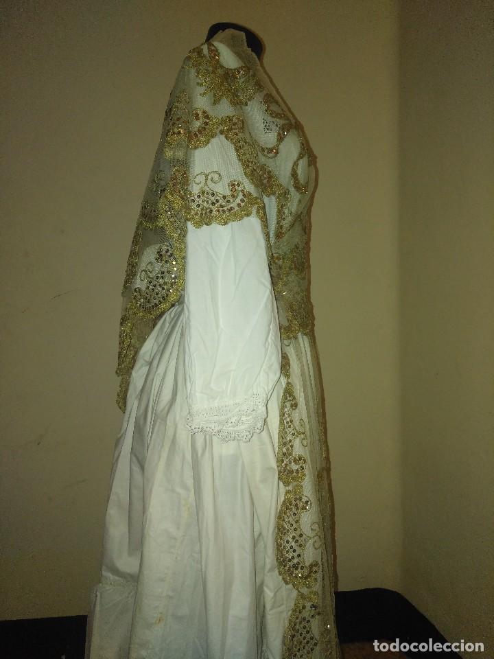 Antigüedades: Precioso conjunto de manteleta y delantal de indumentaria tradicional valenciana - Foto 9 - 127979439